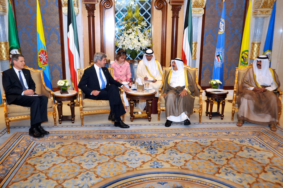 Secretary Kerry Meets With the Amir of Kuwait