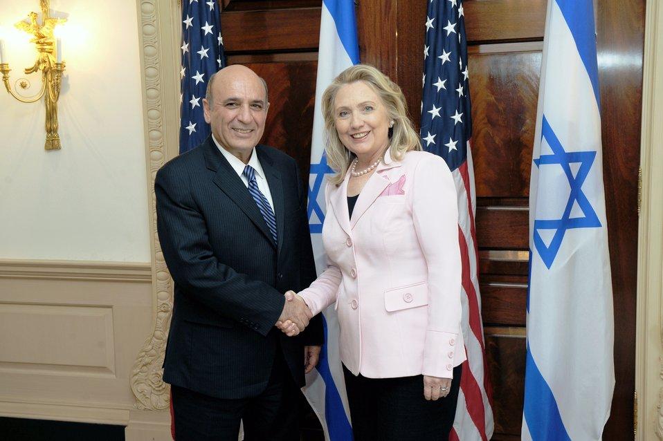 Secretary Clinton Meets With Israeli Deputy Prime Minister Mofaz