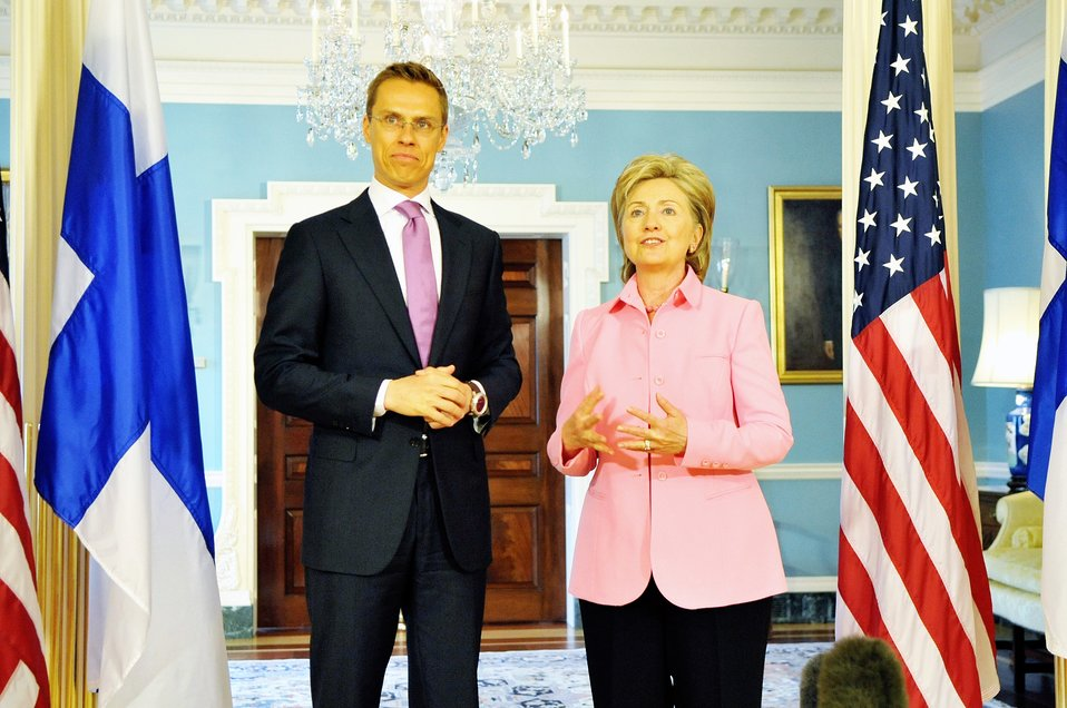 Secretary Clinton Meets With Finnish Foreign MInister