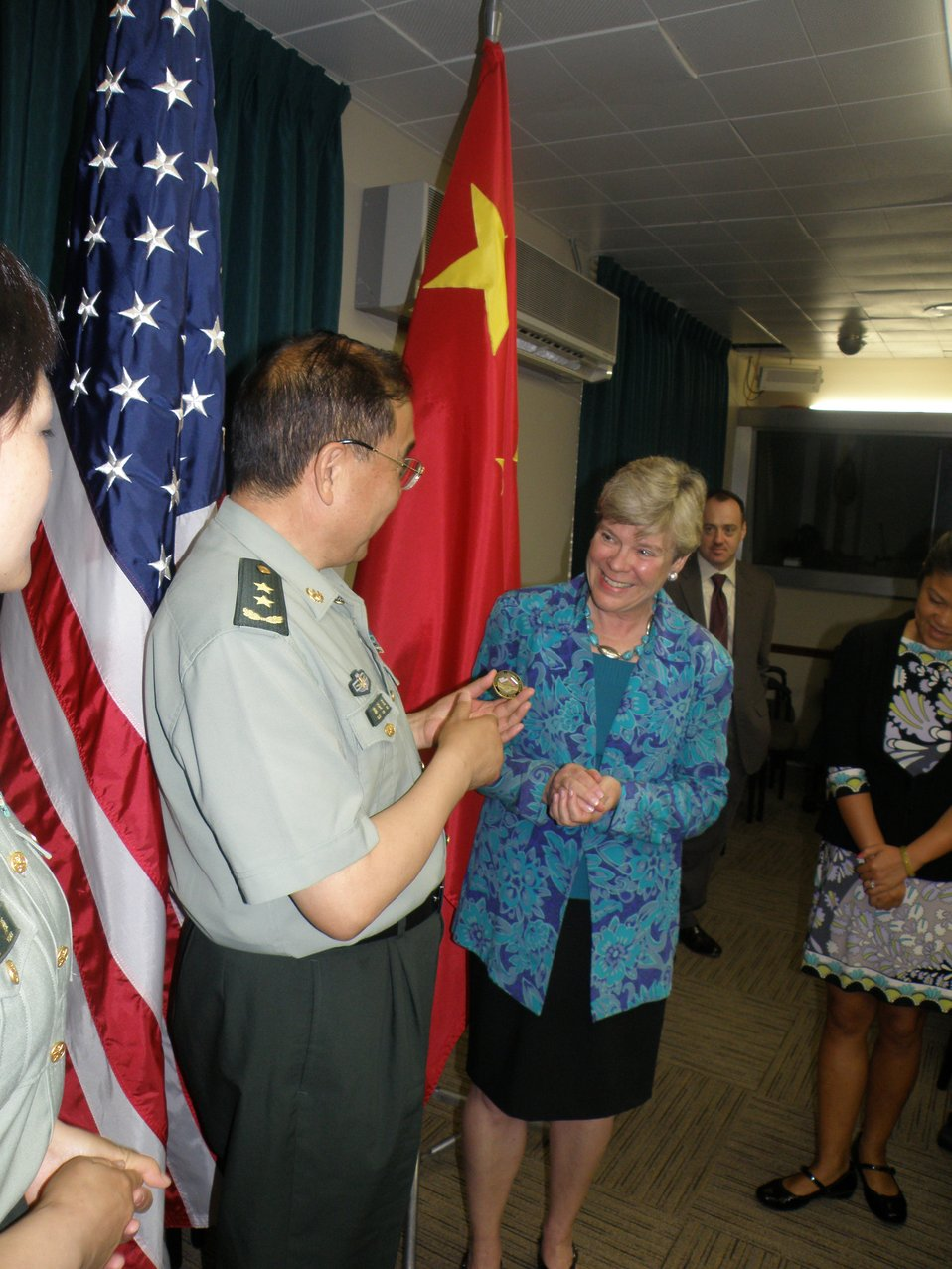 Assistant Secretary Gottemoeller Meets With Chinese Senior Military Officers