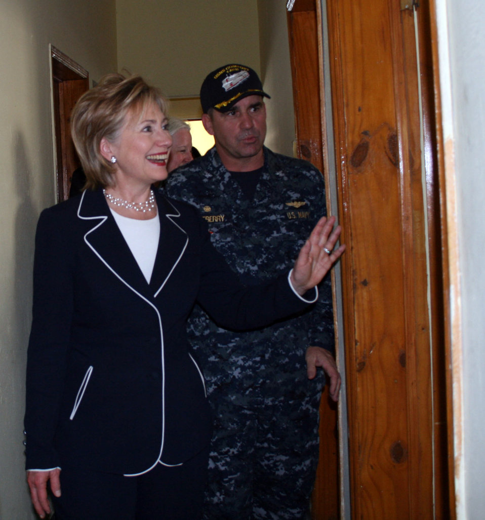 Secretary Clinton Visits Clinic in Haiti
