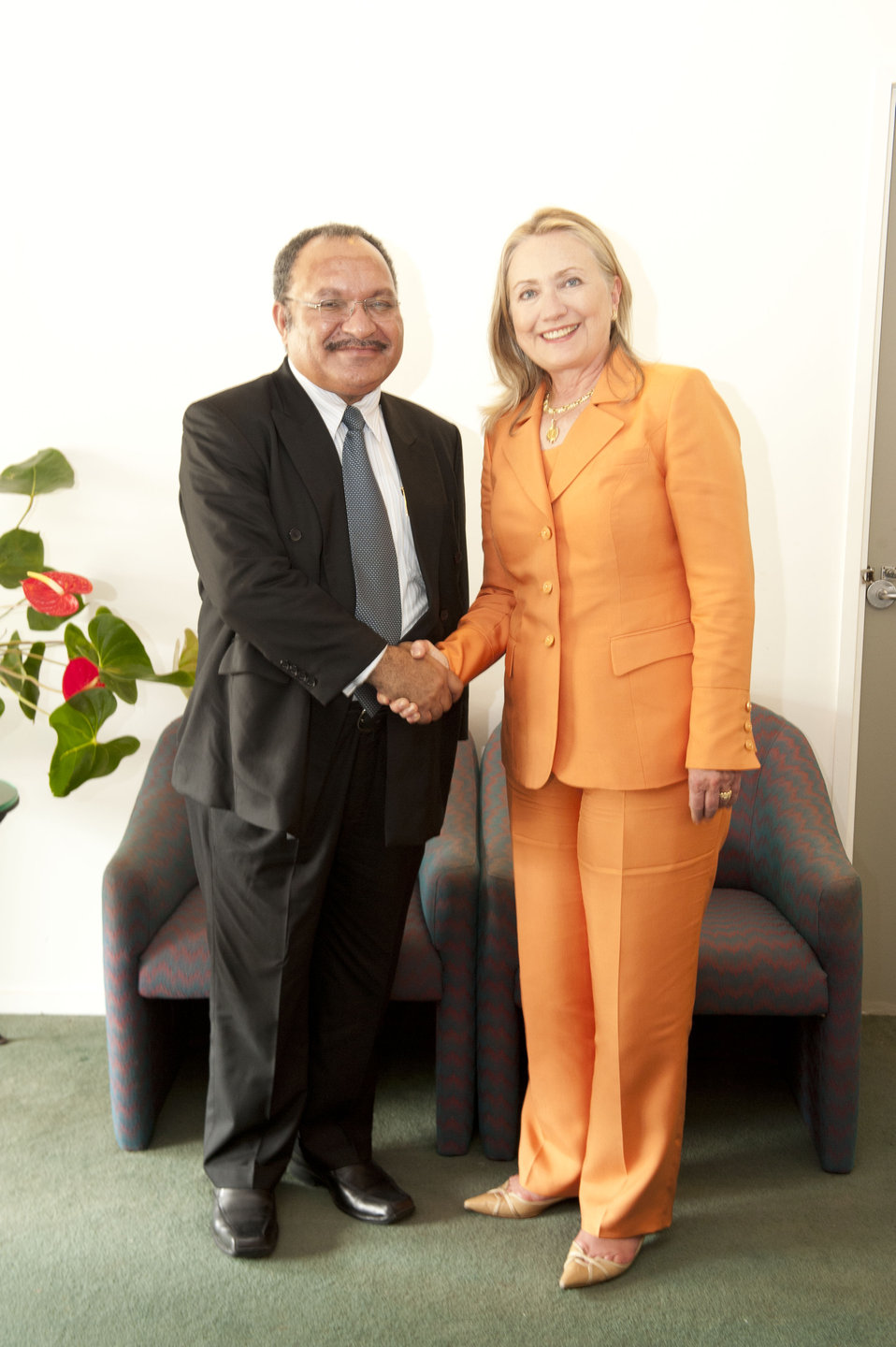 Secretary Clinton With Papua New Guinea Prime Minister O'Neill