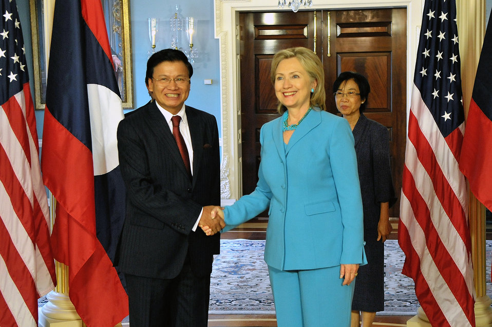 Secretary Clinton Shakes Hands With Laos Foreign Minister Thongloun Sisoulith