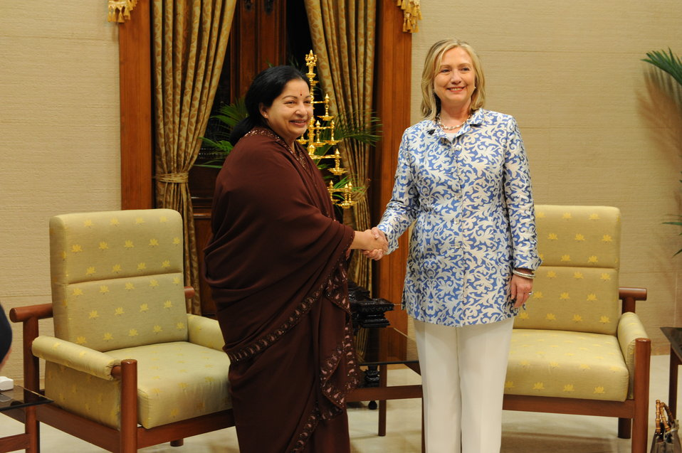 Secretary Clinton and Tamil Nadu Chief Minister Javalaithaa Shake Hands