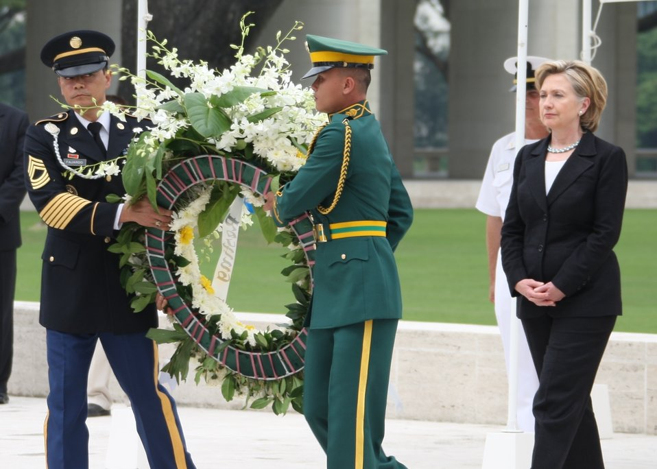 Secretary Clinton Observes a Wreath