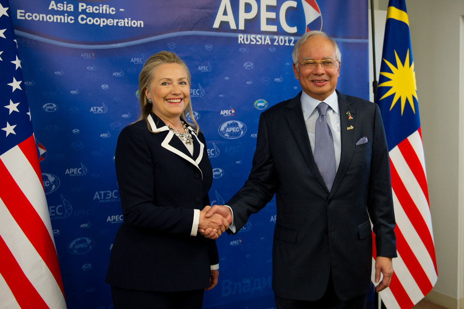 Secretary Clinton Meets With Malaysian Prime Minister Najib Razak