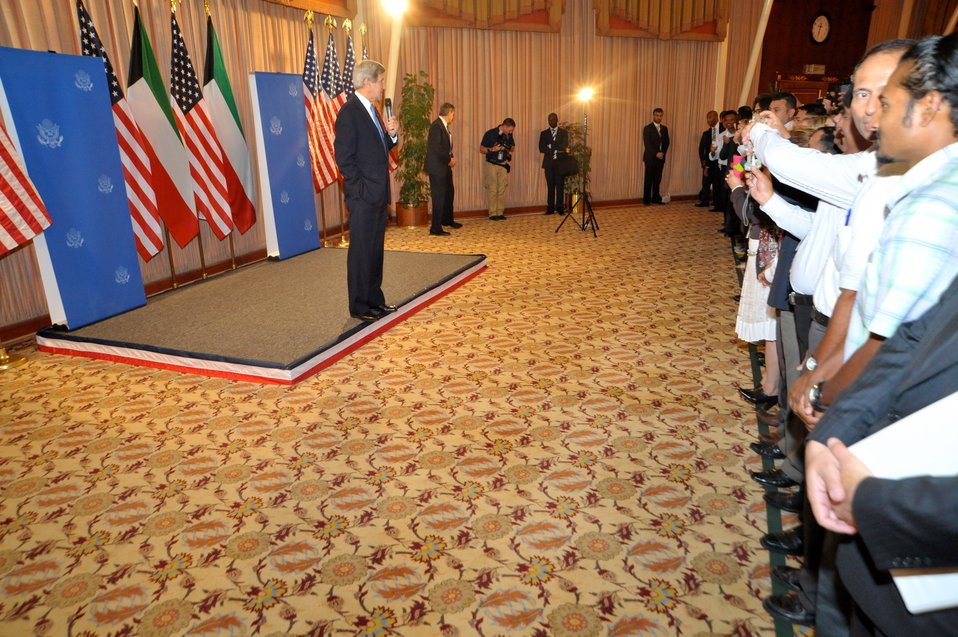 Secretary Kerry Meets With Staff of Embassy Kuwait City