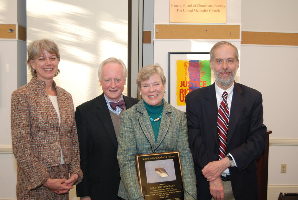 Assistant Secretary Gottemoeller Is Awarded for Excellence By Friends Committee for National Legislation