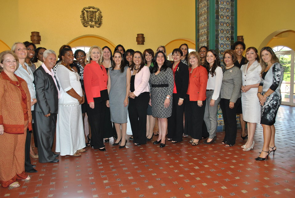 Secretary Clinton Poses for a Photo With Women's Entrepreneurship Network Participants