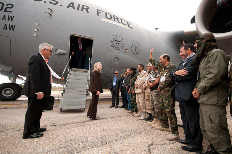 Secretary Clinton Says Farewell to Ambassador Cretz and Libyan Soldiers