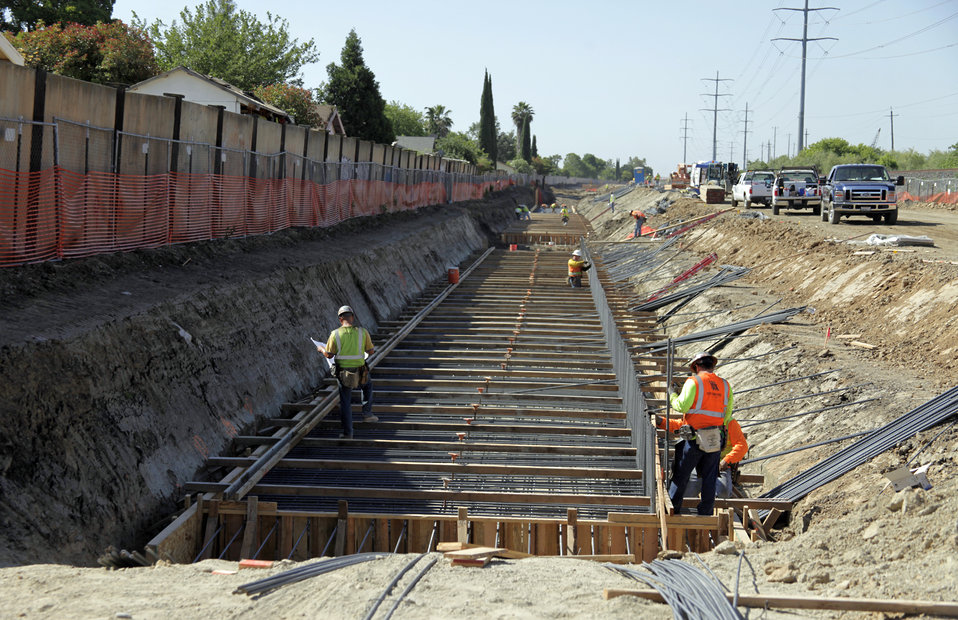 Morrison Creek flood wall construction continues May 31, 2012