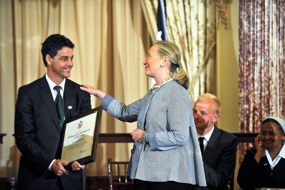 Secretary Clinton With TIP Hero Marcelo Colombo