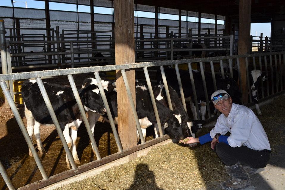 October 21, 2011 EPA Regional Administrator Tours Iowa State Dairy Farm