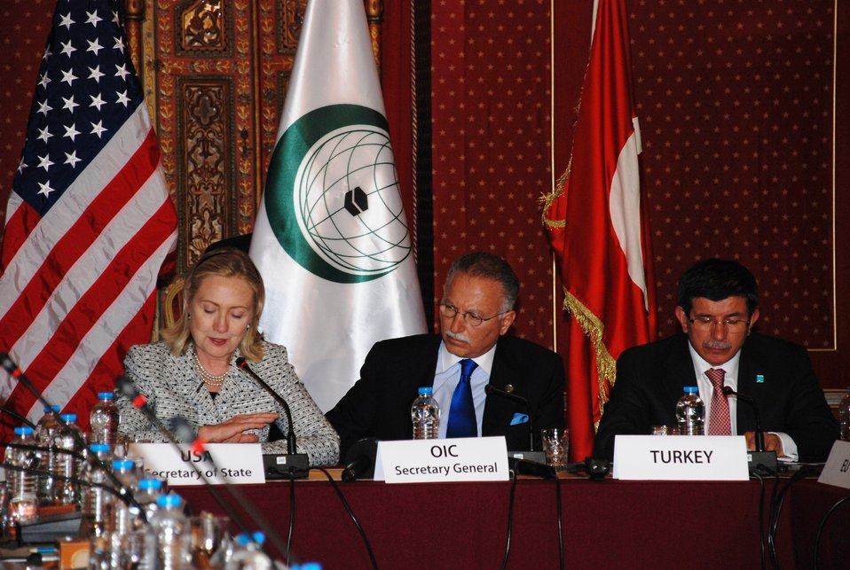 Secretary Clinton Participates in the Organization of Islamic Cooperation (OIC) Conference
