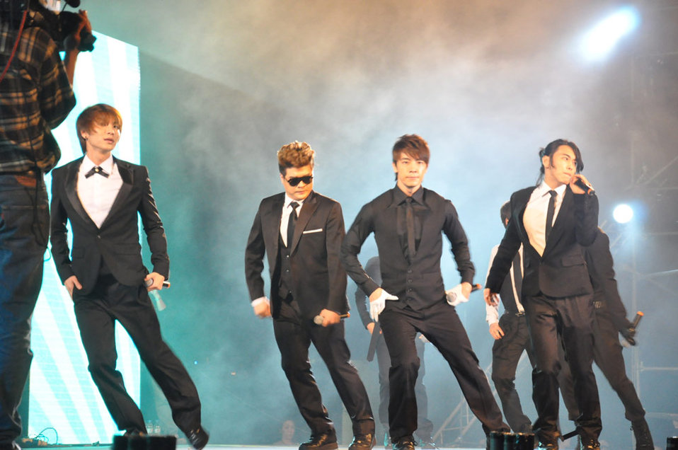 Super Junior performs at the MTV EXIT Hanoi concert March 27, 2010