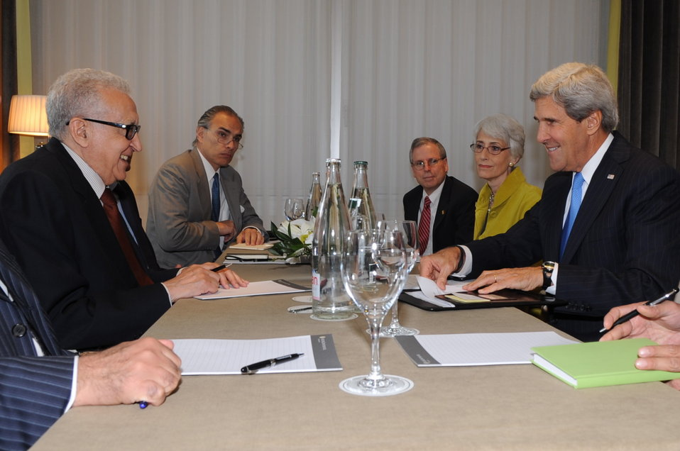 Secretary Kerry Meets with UN Special Envoy Brahimi in Geneva