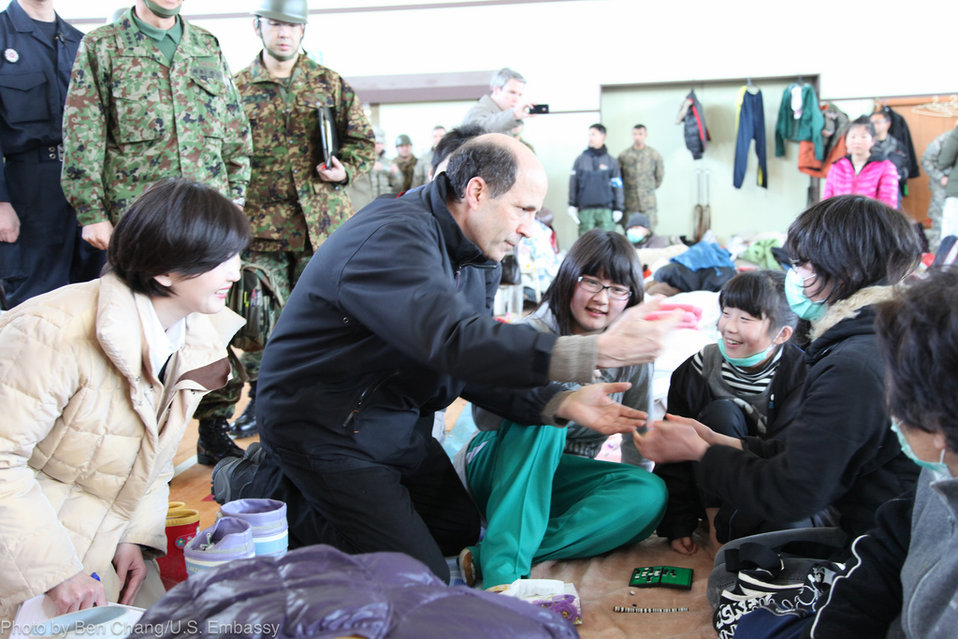 Ambassador Roos Visits Disaster Victims
