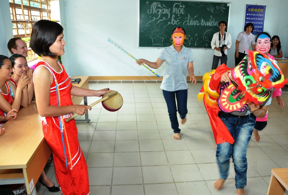 USAID and EMW support teacher training for young ethnic minority children in Kon Tum, Vietnam