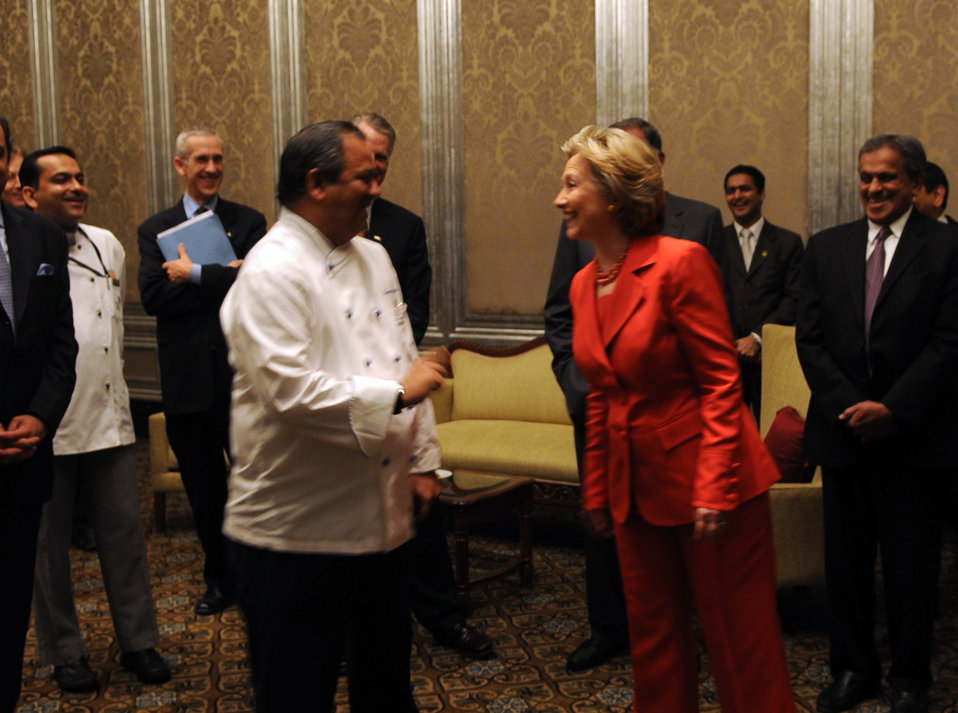 Secretary Clinton Greets Hero of Taj Mahal Palace Hotel Attacks