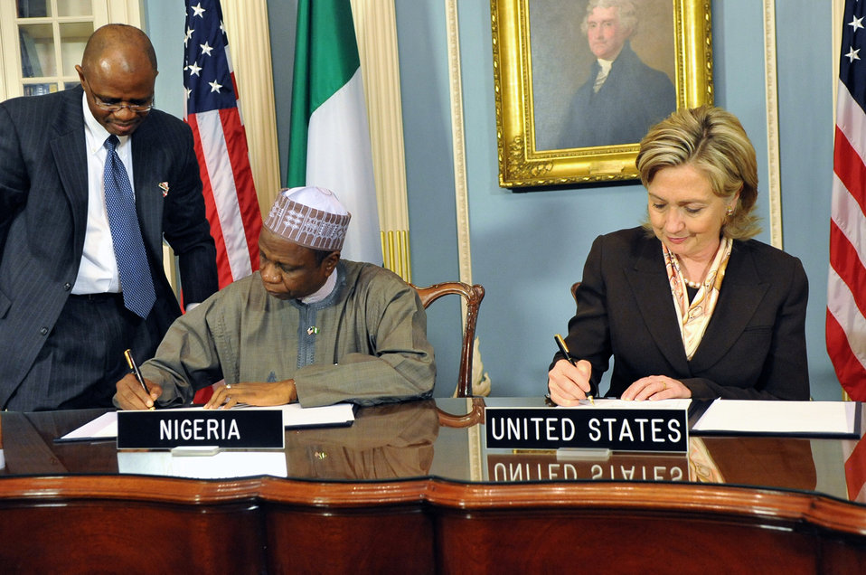 Secretary Clinton Meets With Nigerian Secretary to the Federal Government