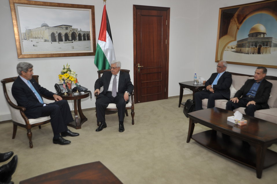 Secretary Kerry Meets With Palestinian Officials