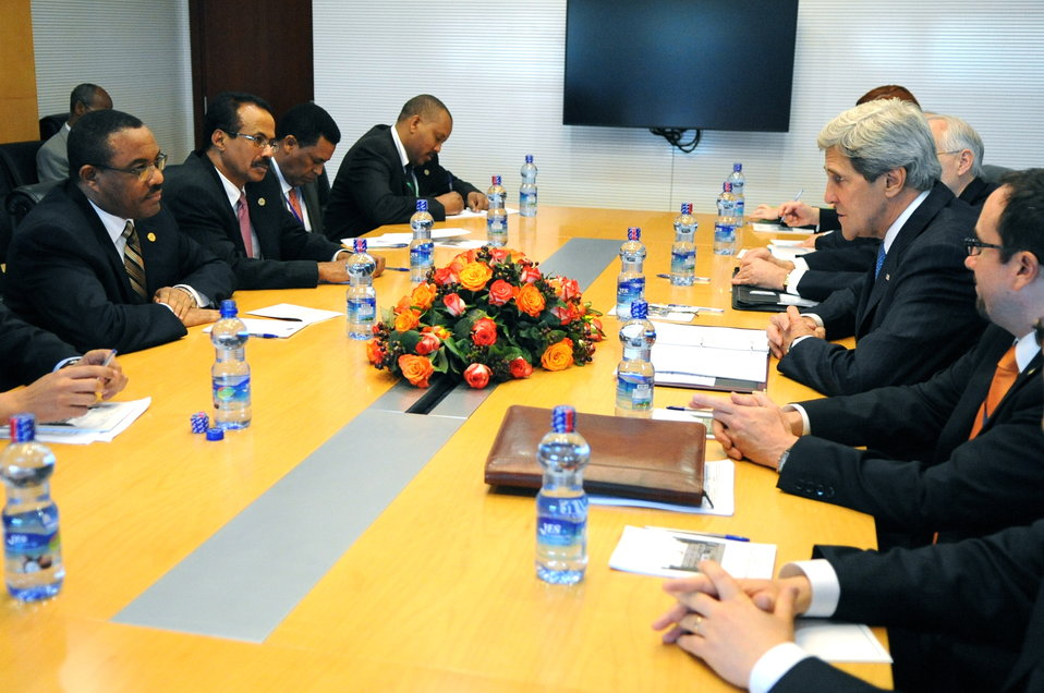 Secretary Kerry Meets With Ethiopian Prime Minister Dessalegn