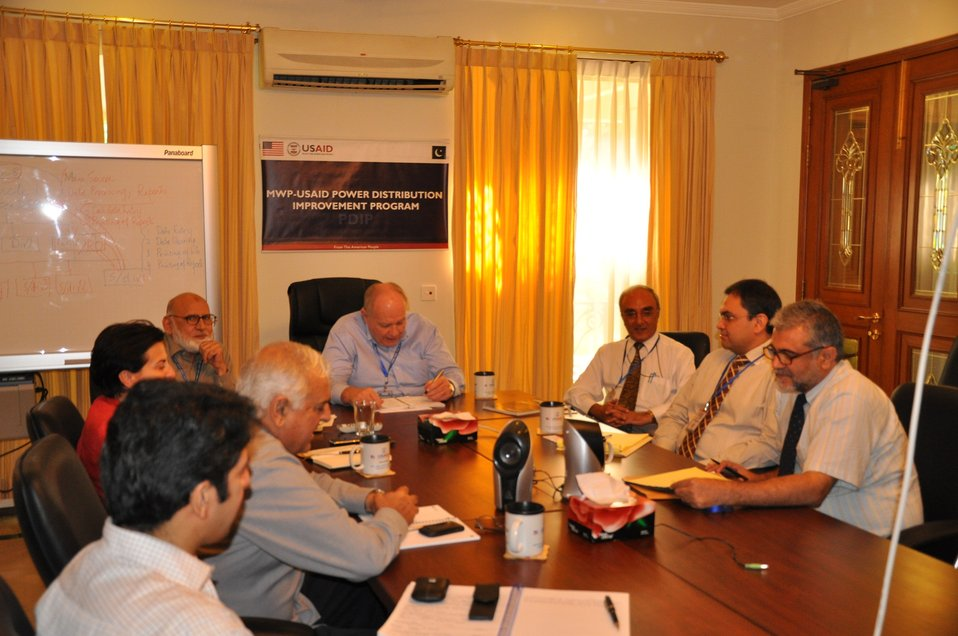 22 September, 2011 Discussion with World Bank Senior Staff for Mutual Interest