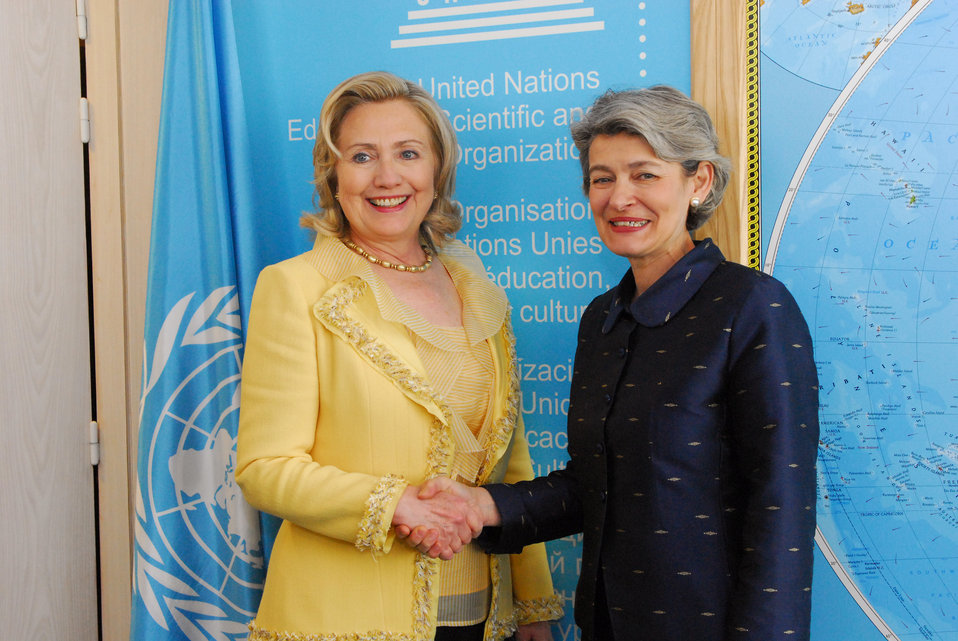 Secretary Clinton Meets With UNESCO Director-General Irina Bokova