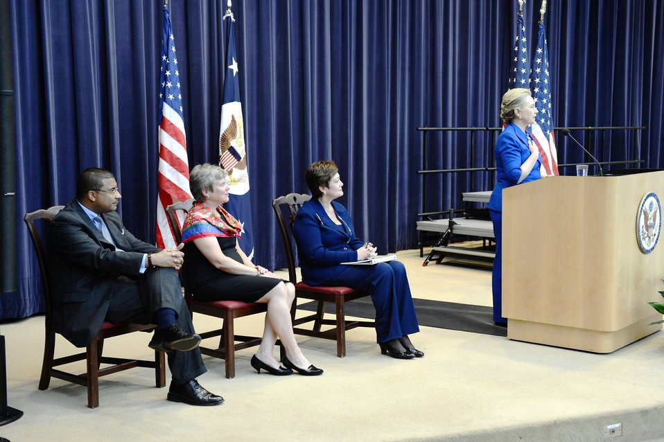 Secretary Clinton Delivers Remarks Honoring the EPAA Negotiations Delegation and Key Contributors Across the U.S. Government Interagency