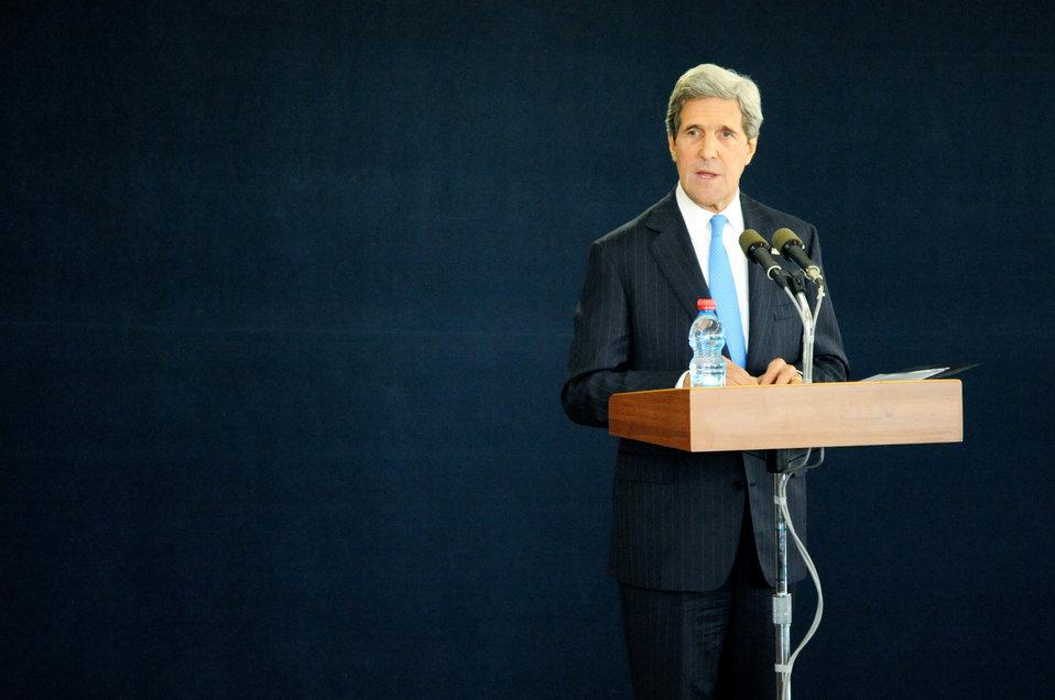 Secretary Kerry Addresses Reporters in Tel Aviv