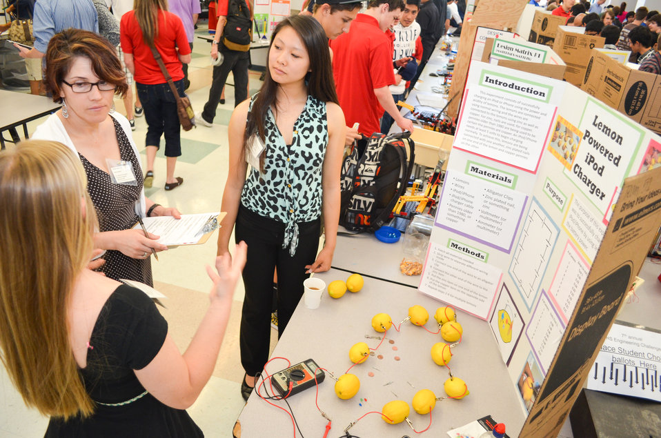Zeffy Ruvalcaba judges lemon-powered iPod charger