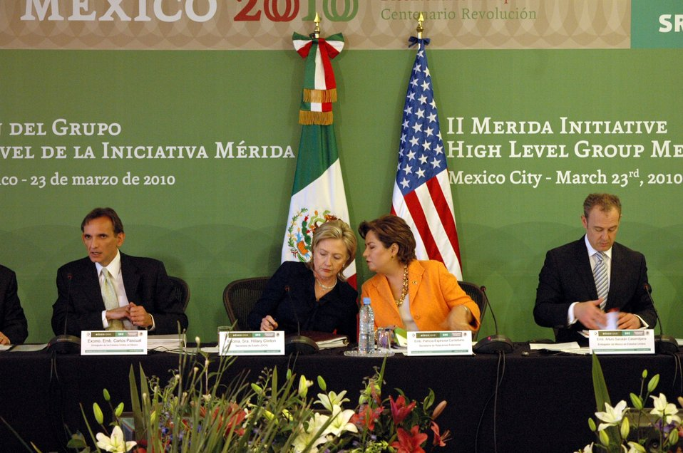 Secretary Clinton With Secretary Espinosa and Ambassadors Pascual and Sarukhan