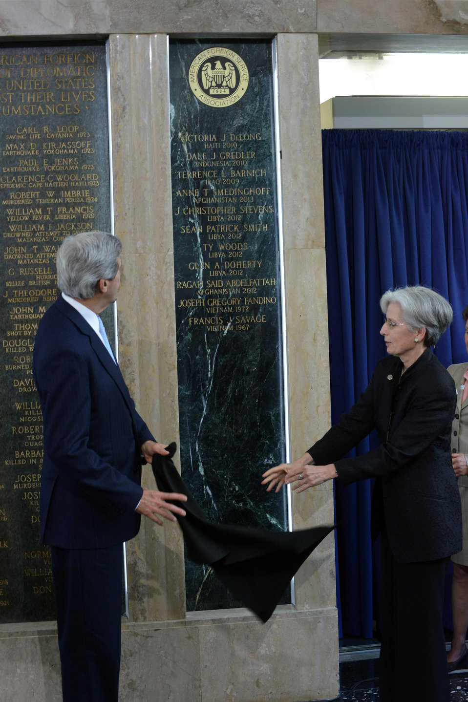 Secretary Kerry and AFSA President Johnson Honor Fallen Foreign Affairs Colleagues