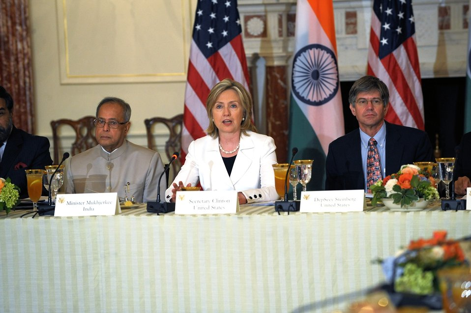 Secretary Clinton Delivers Welcoming Remarks at U.S.-India CEO Forum Luncheon
