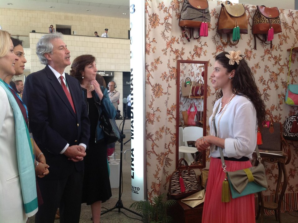 Deputy Secretary Burns and Assistant Secretary Jacobson Visit the WEAmericas Entrepreneurial Fair