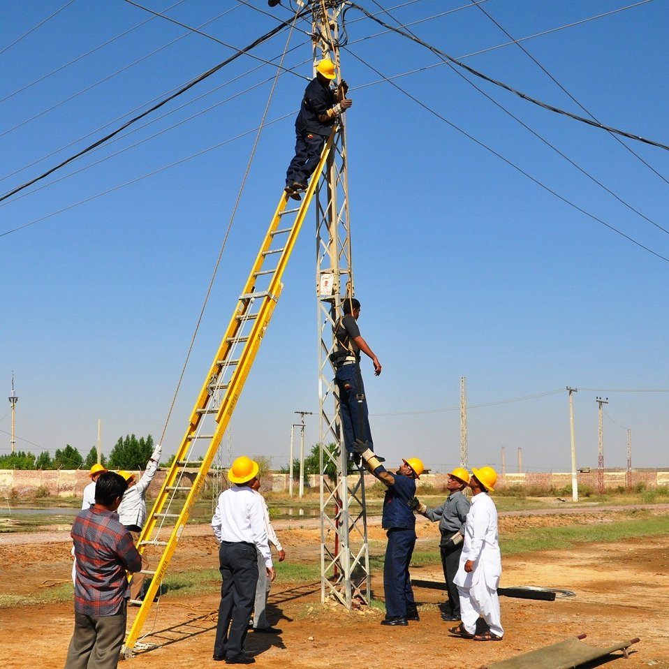 Quick Impact Lineman Safety Training Program