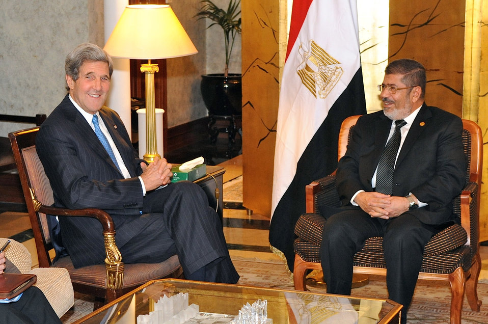 Secretary Kerry Meets With Egyptian President Morsy in Addis Ababa
