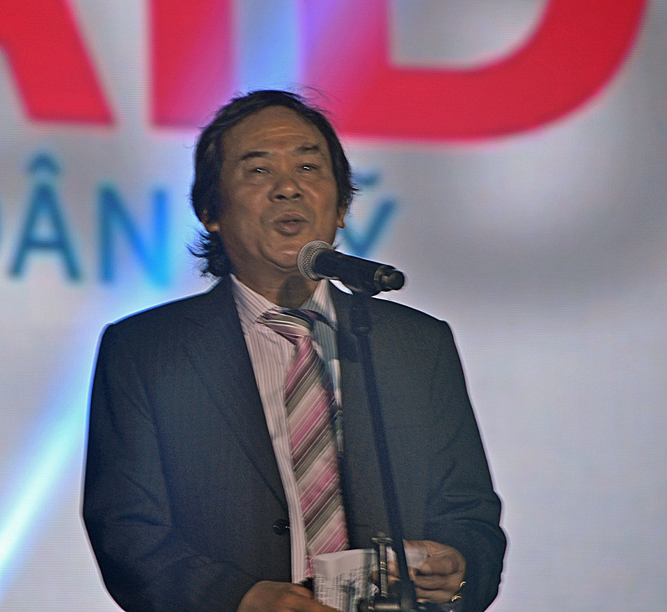 Dr. Nguyen Van Tinh, Director General, of the International Cooperation Department of the Ministry of Culture, Sports and Tourism, speaks at the MTV EXIT concert against human trafficking and exploitation