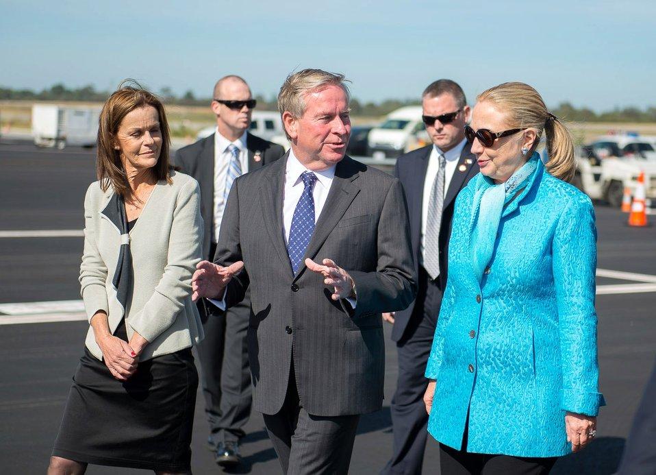 Secretary Clinton Speaks With Western Australia Premier Barnett