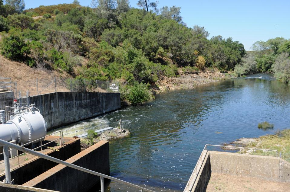 New Hogan Lake and Dam, Calaveras County, Calif.
