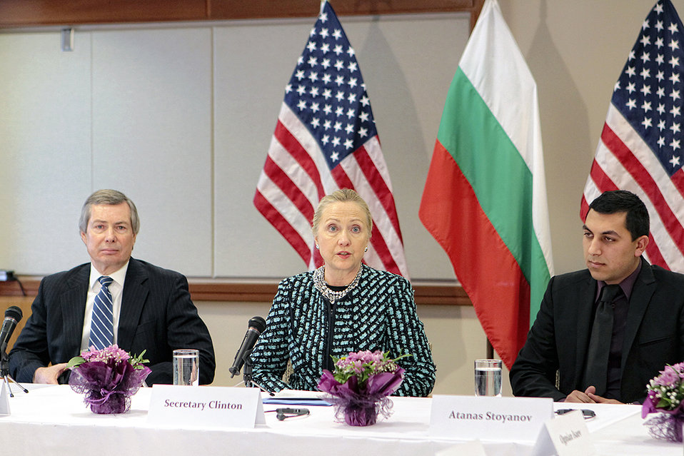 Secretary Clinton Meets With Young Roma Professionals and Roma NGO Leaders