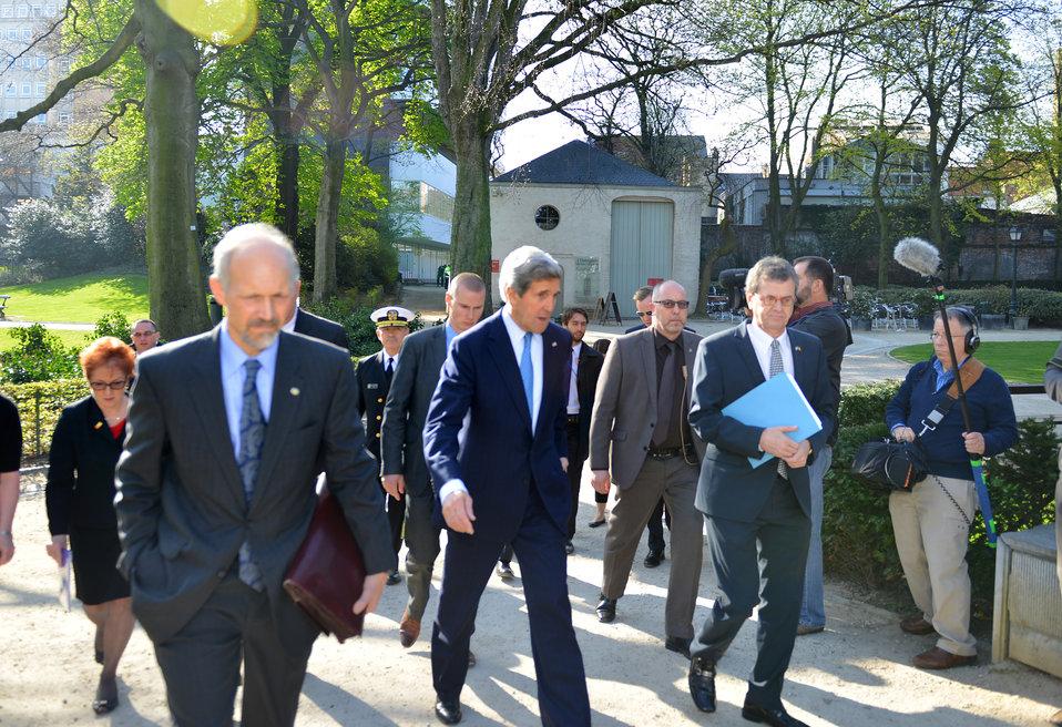Secretary Kerry Walks to Egmont