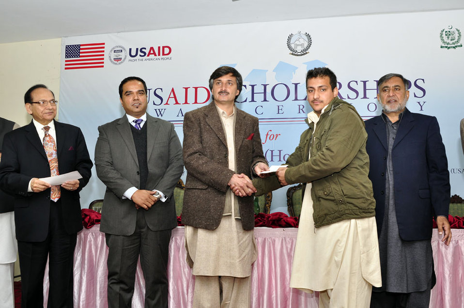 004:  Peshawar, 27 Dec., 2011: USAID awarded scholarships to 44 Teacher Students from KP through its Pre-Service Teacher Education Program (Pre-STEP).