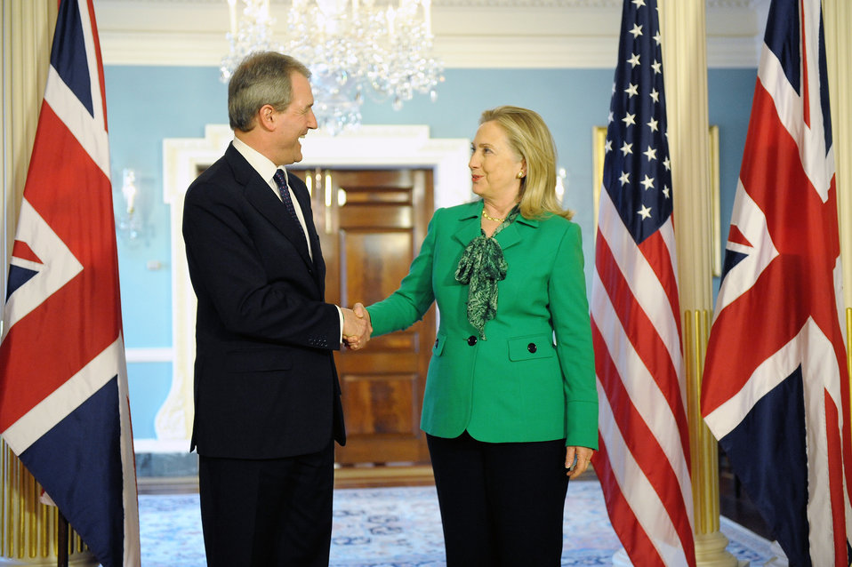 Secretary Clinton Meets With UK Secretary of State for Northern Ireland Paterson