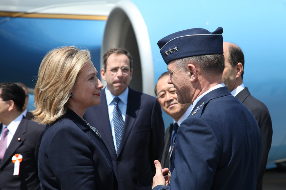 Secretary Clinton Speaks With Lieutenant General Field