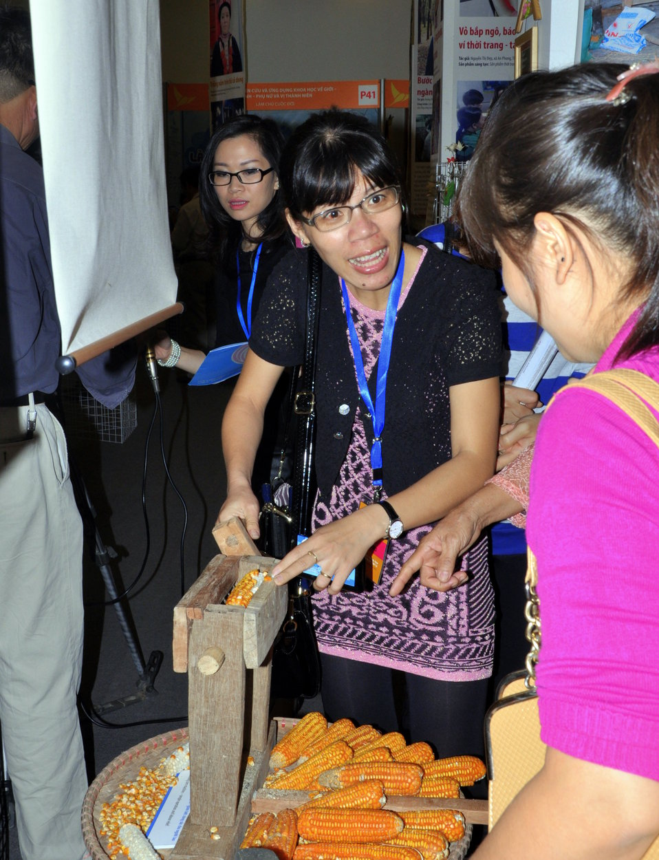 DSCVietnam Women Innovation Day 2013 0117