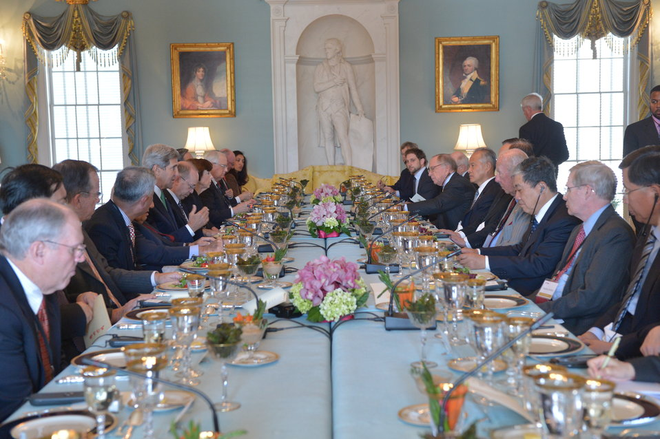 Secretary Kerry Hosts a Lunch for the U.S.-China Track II Dialogue Delegations
