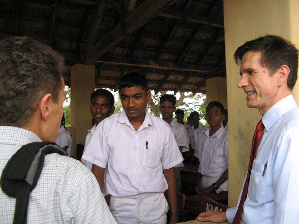 Assistant Secretary Blake Meets With Sri Lankan Students