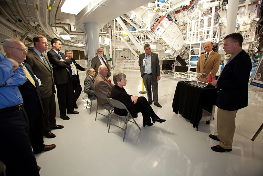 Acting Under Secretary Gottemoeller, Former Secretaries Schultz and Perry Visit the National Ignition Facility