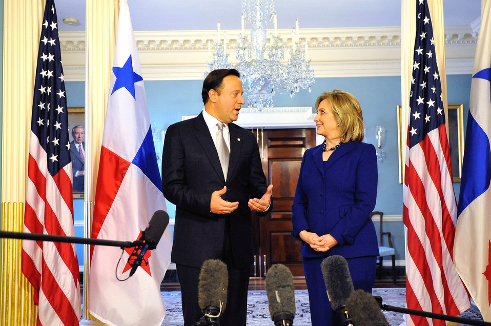 Secretary Clinton Speaks With Panamanian Vice President and Foreign Minister Varela